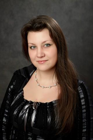 Дмитриева Елена Николаевна, воспитатель высшей квалификационной категории.